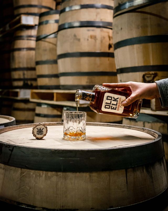 It's that time of the week again to pop open your favorite bourbon. #oldelkbourbon