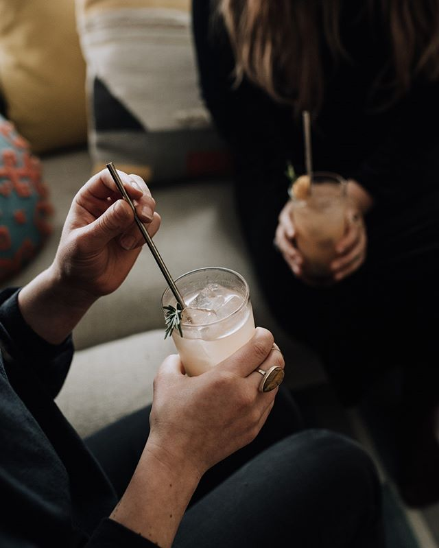 We craft our gin with a unique blend of 10 botanicals to craft a flavor profile that brings the mountains to you. And just like being in the mountains, it's best to enjoy with the people you love the most.