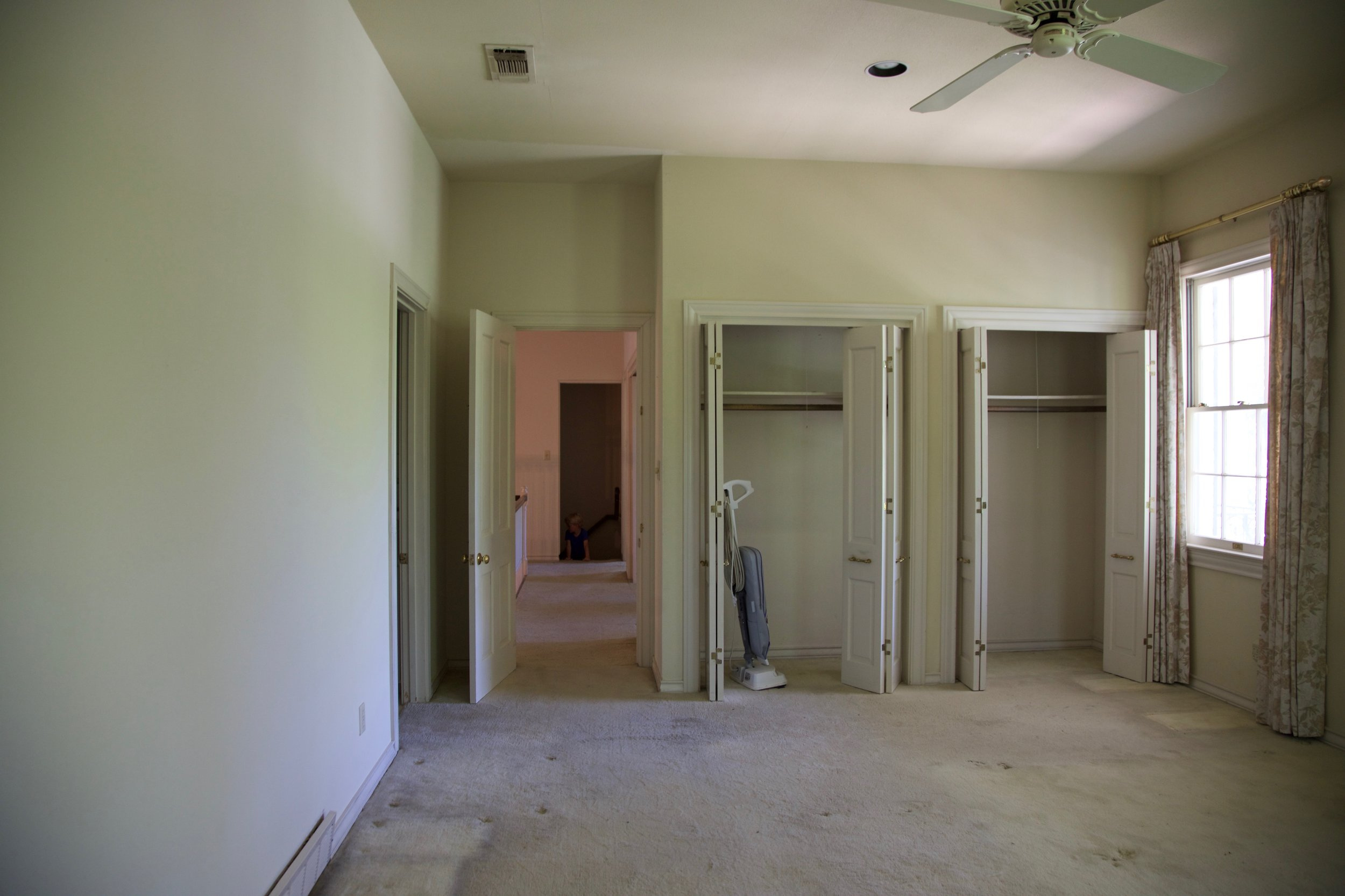 One of the girls' rooms