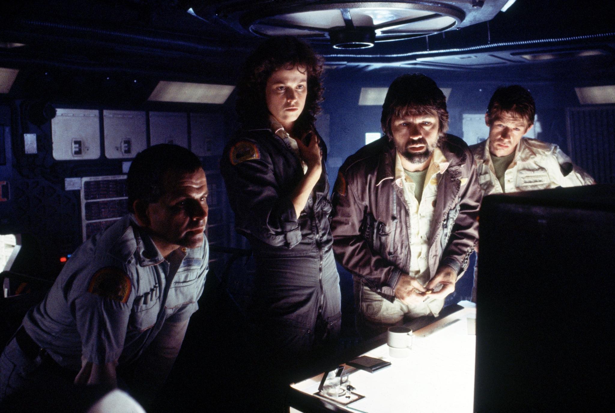 Alien-1979-Ian-Holm-Sigourney-Weaver-Tom-Skerritt-and-John-Hurt.jpg