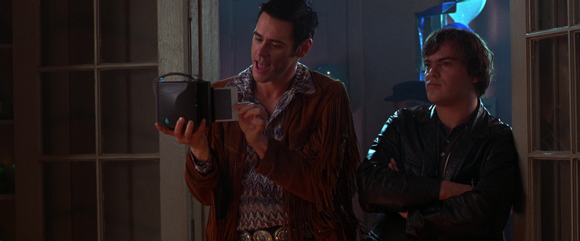 Polaroid-Camera-Used-by-Jim-Carrey-in-The-Cable-Guy-1.jpg
