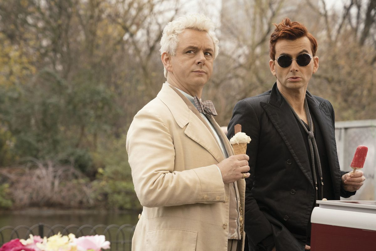 Michael Sheen (Left) as the angel Aziraphale and David Tennant (Right) as the demon Crowley.