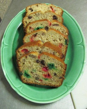 Christmasbananabreadblog2012