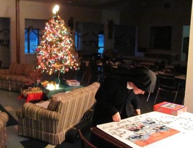 ChristmasPuzzleNunblog2012