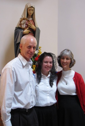 Christie Anna with Ennis and Gloria Dodd, the delightful couple who brought her to the monastery