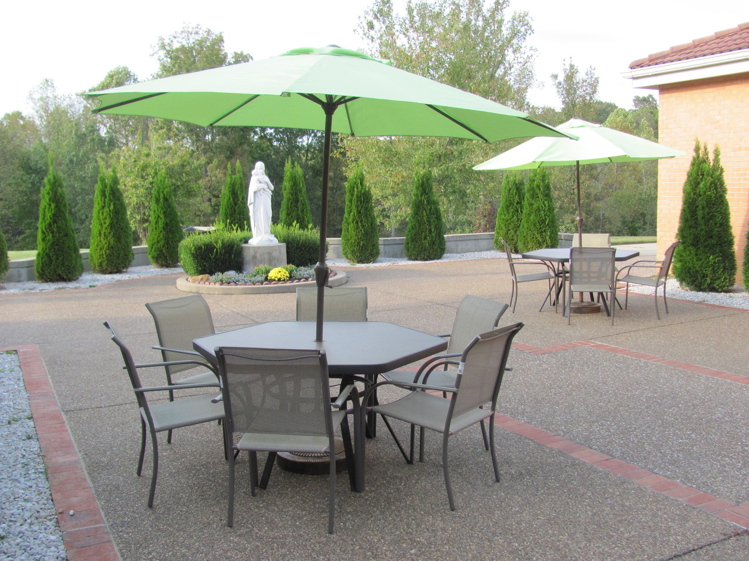 Marian Retreat Plaza
