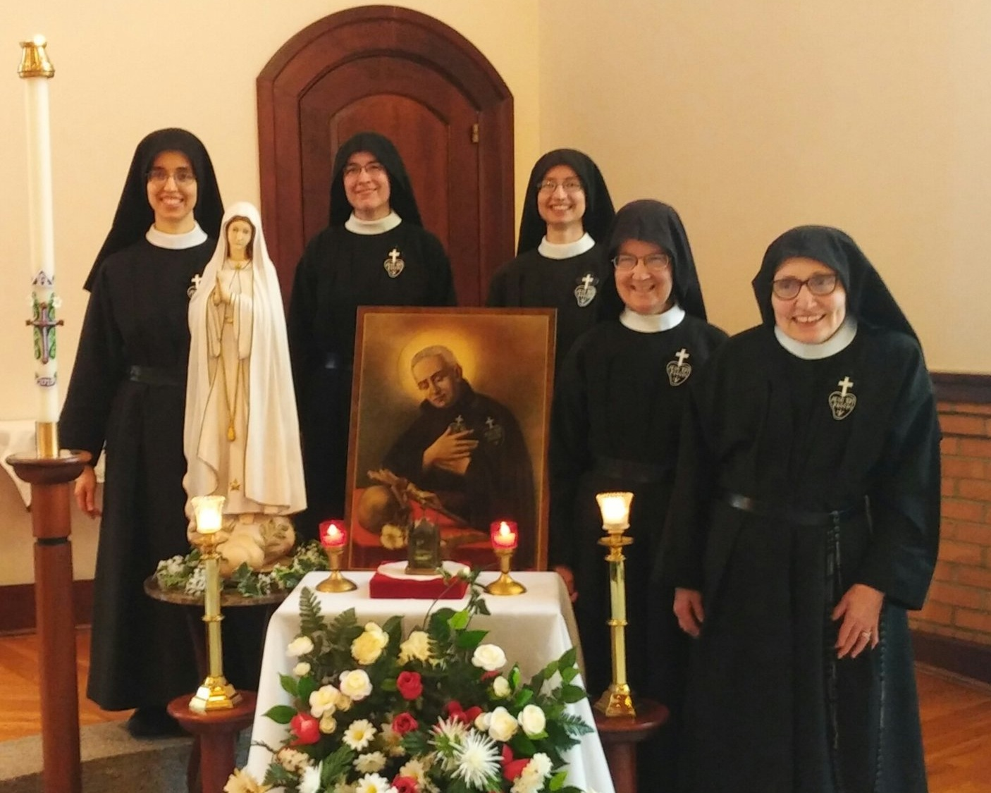 Sr. Mary Andrea (1st Councilor); Mother John Mary (Superior); Sr. Cecilia Maria (3rd Councilor); Sr. Mary Veronica (Vicar and Novice Directress); Sr. Mary Magdalen (2nd Councilor)
