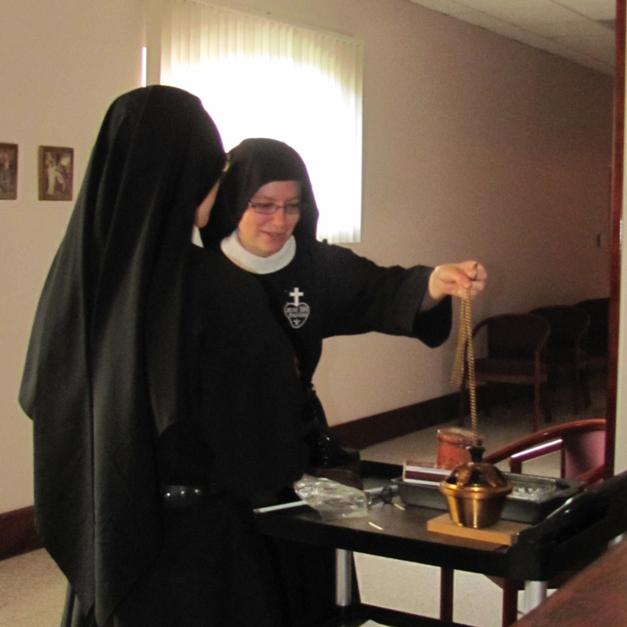 40 Hours was beautifully and reverently celebrated thanks in large part to the care of Sr. Frances Marie - we thank her for her marvelous job preparing for her first big feast as Sacristan!