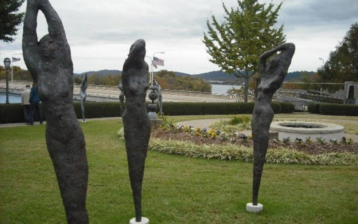 River Gallery Sculpture Garden -