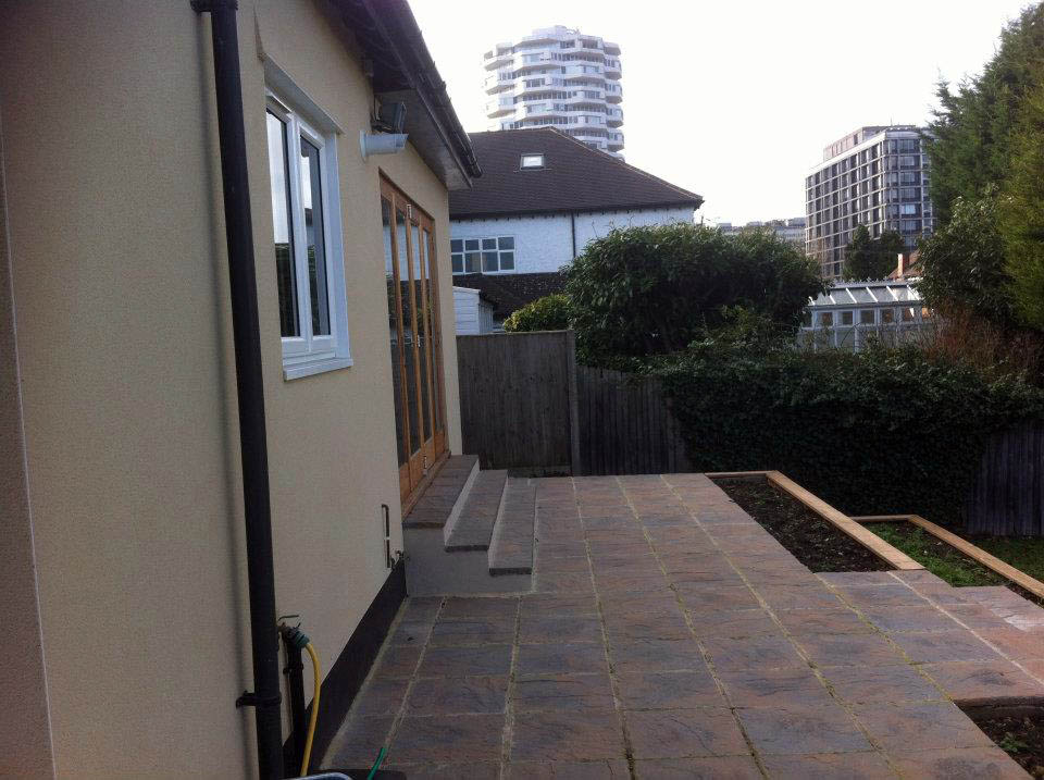 Detached property completely gutted and renovated including extension, loft, landscape (2011)