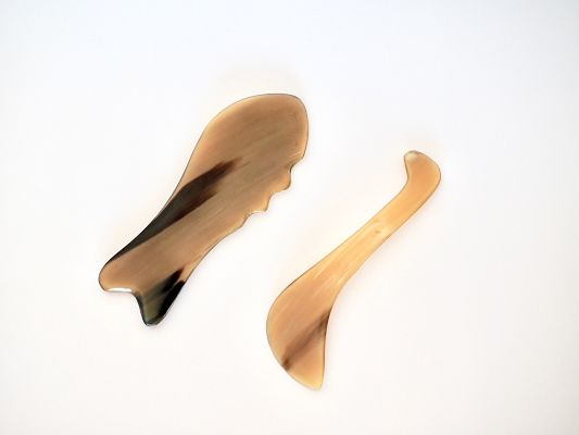 Gua Sha : another technique that produces an anti-inflammatory and immune protective effect that persists for days following a single treatment. This accounts for its effect on pain, stiffness, fever, chill, cough, wheeze, nausea and vomiting etc.