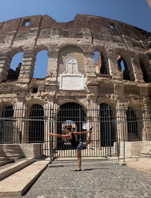 Dancer's pose in Rome.jpg