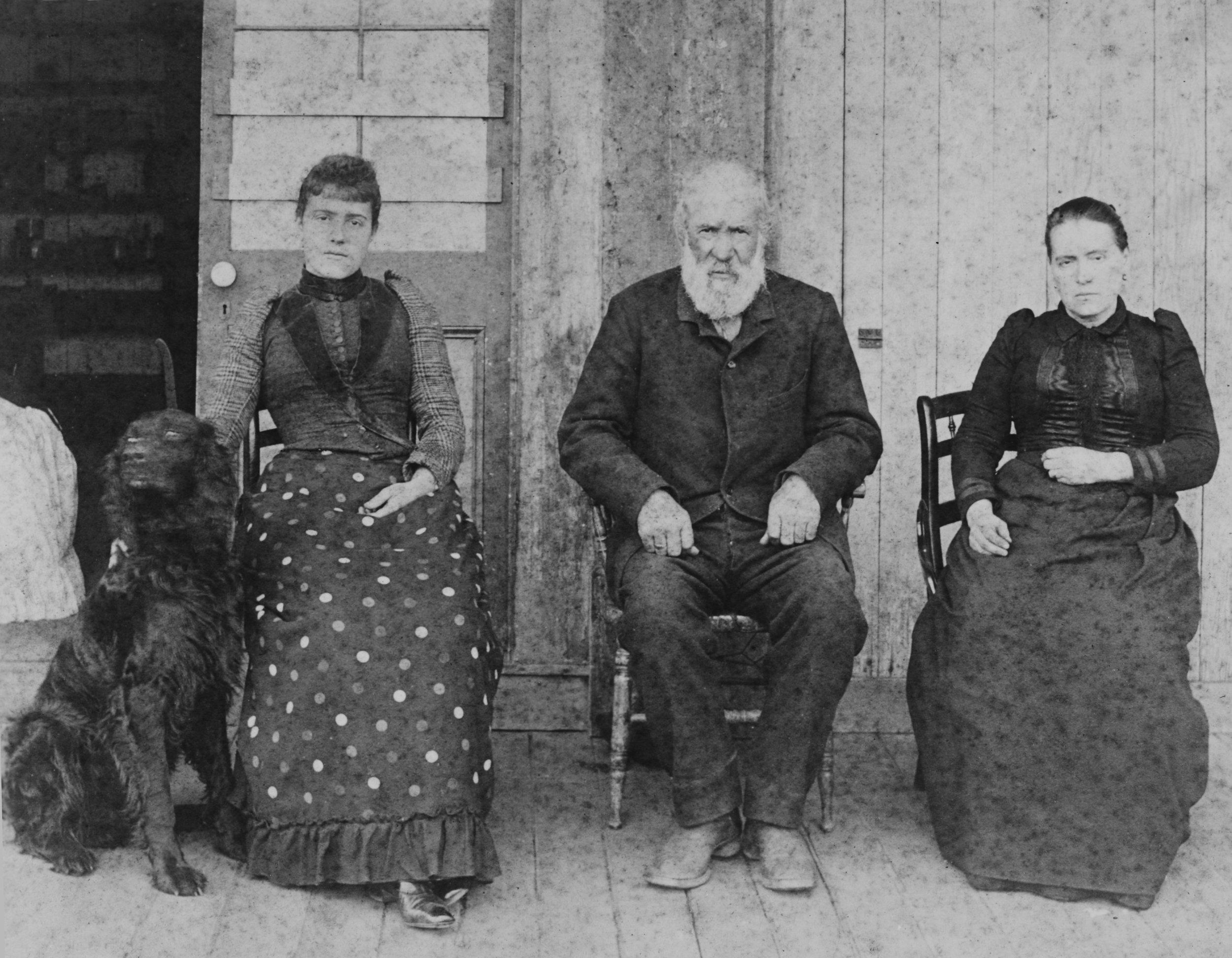 9945 Mannasse Family - c. 1890 ©SDHC.jpg