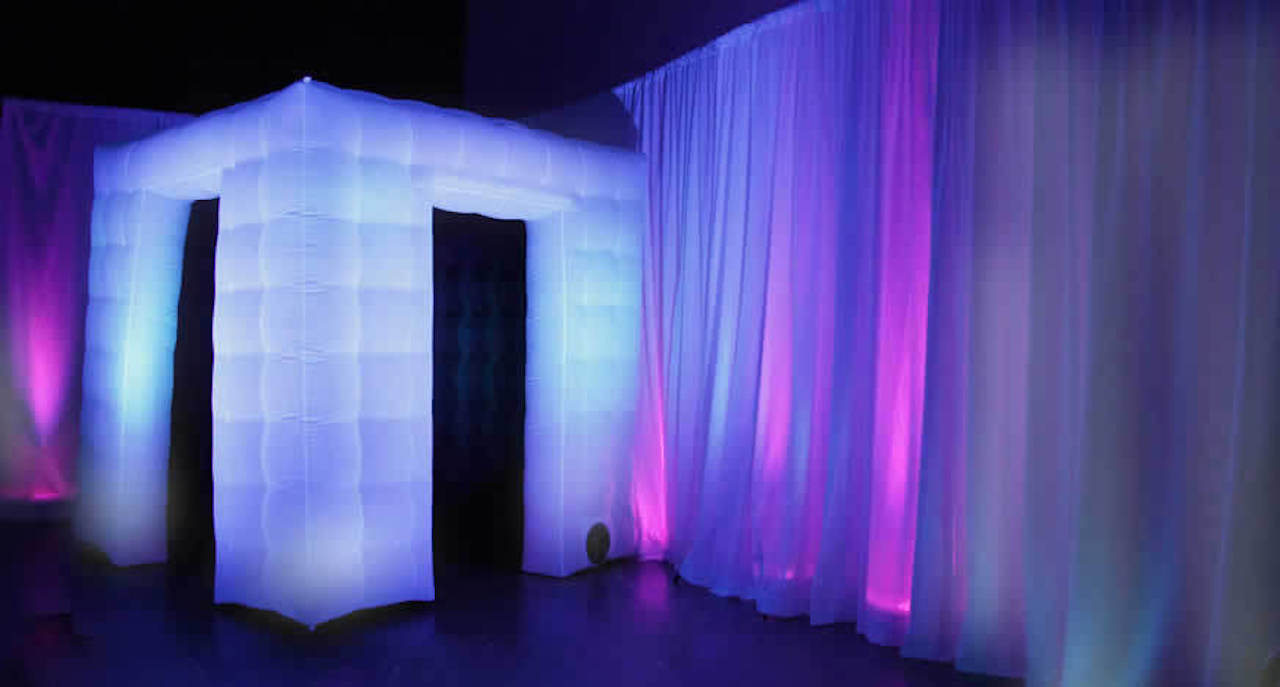 1st Class Customer Service  We Treat Your Photo Booth Rental Like A Production