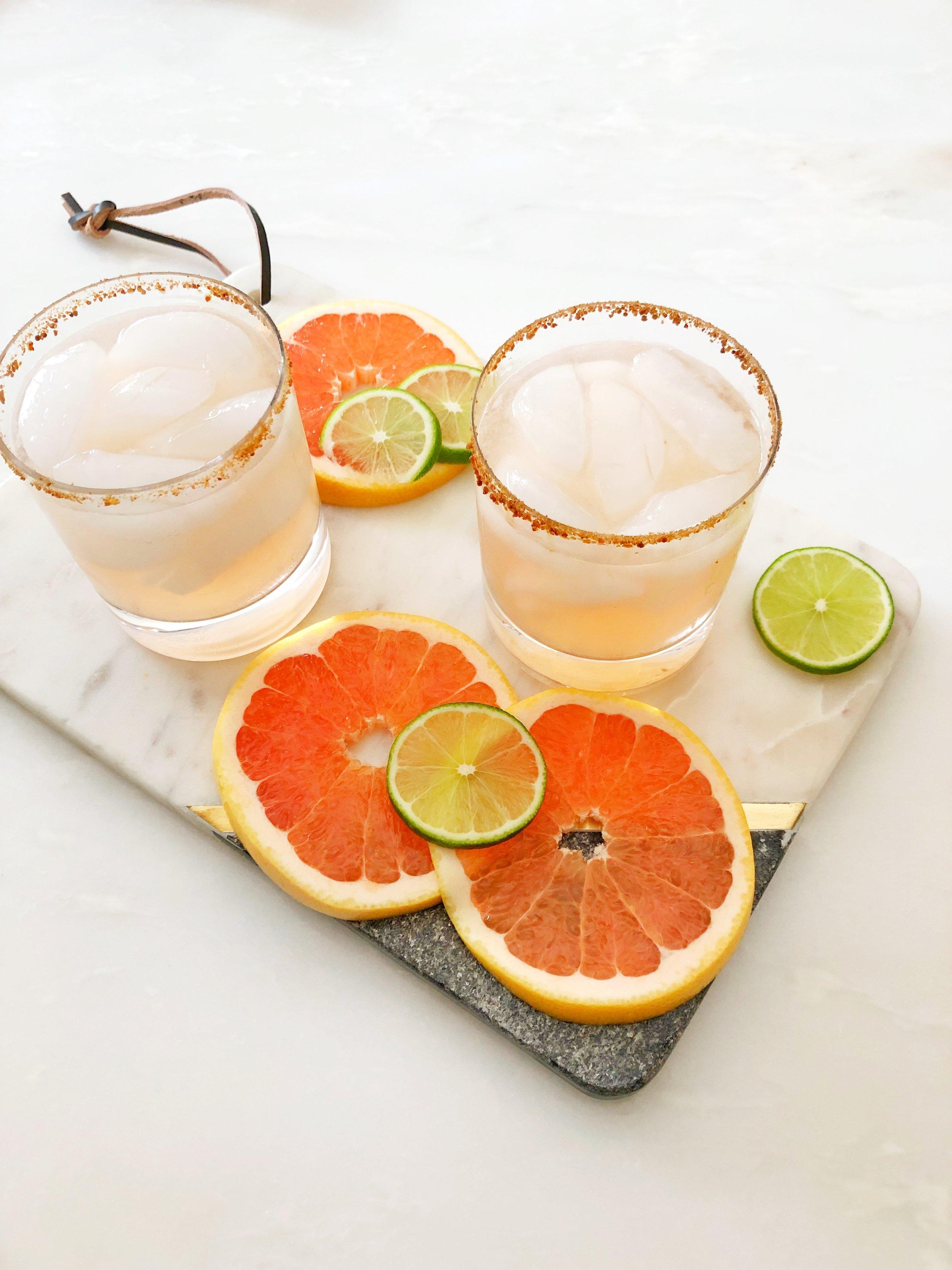 IMG_1325.jpg-cocktails-margaritas-spindrift-no-sugar-added-tequila