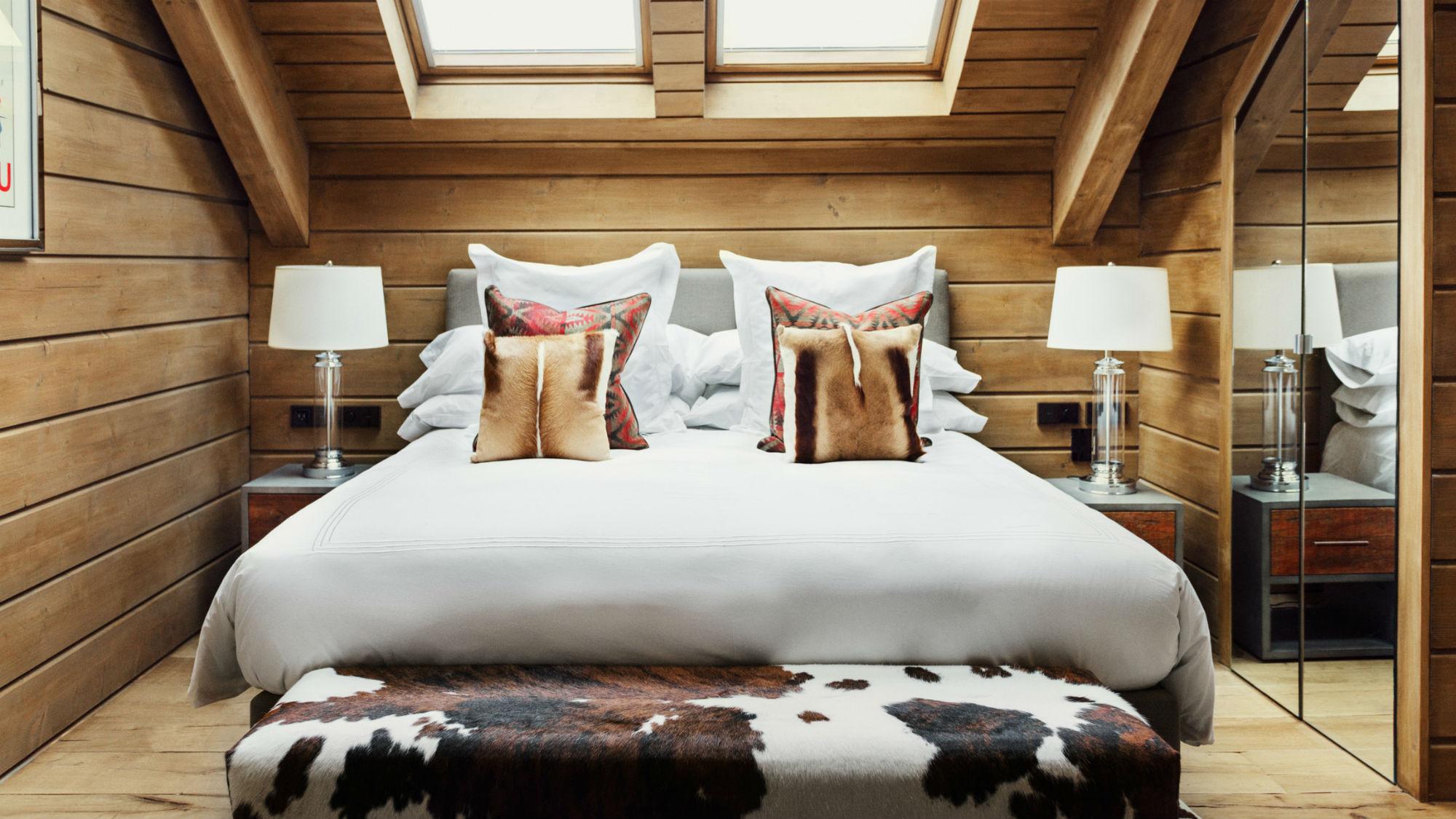 Double_Room_Bed_El_Lodge.jpg