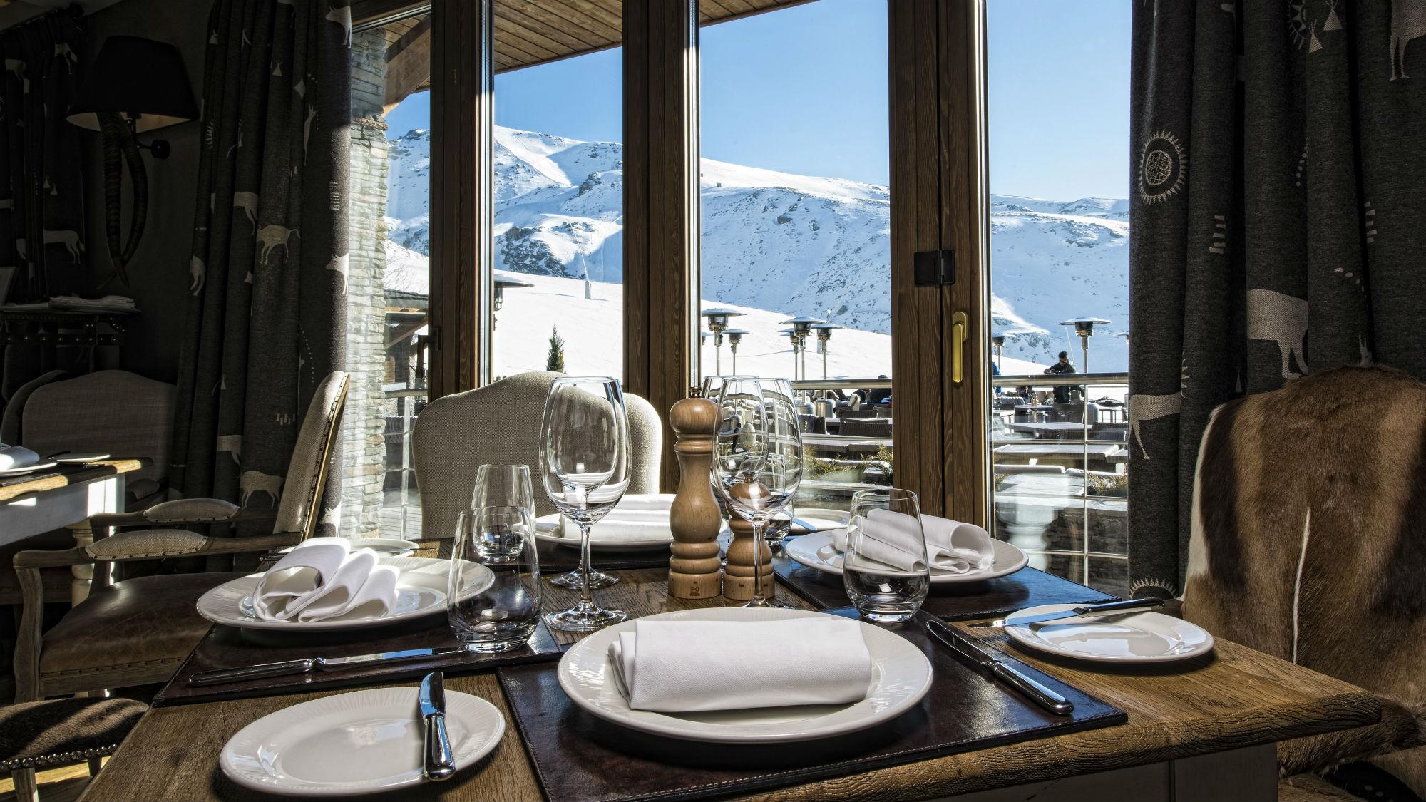 Restaurant_El_Lodge_Hotel_Spain.jpg