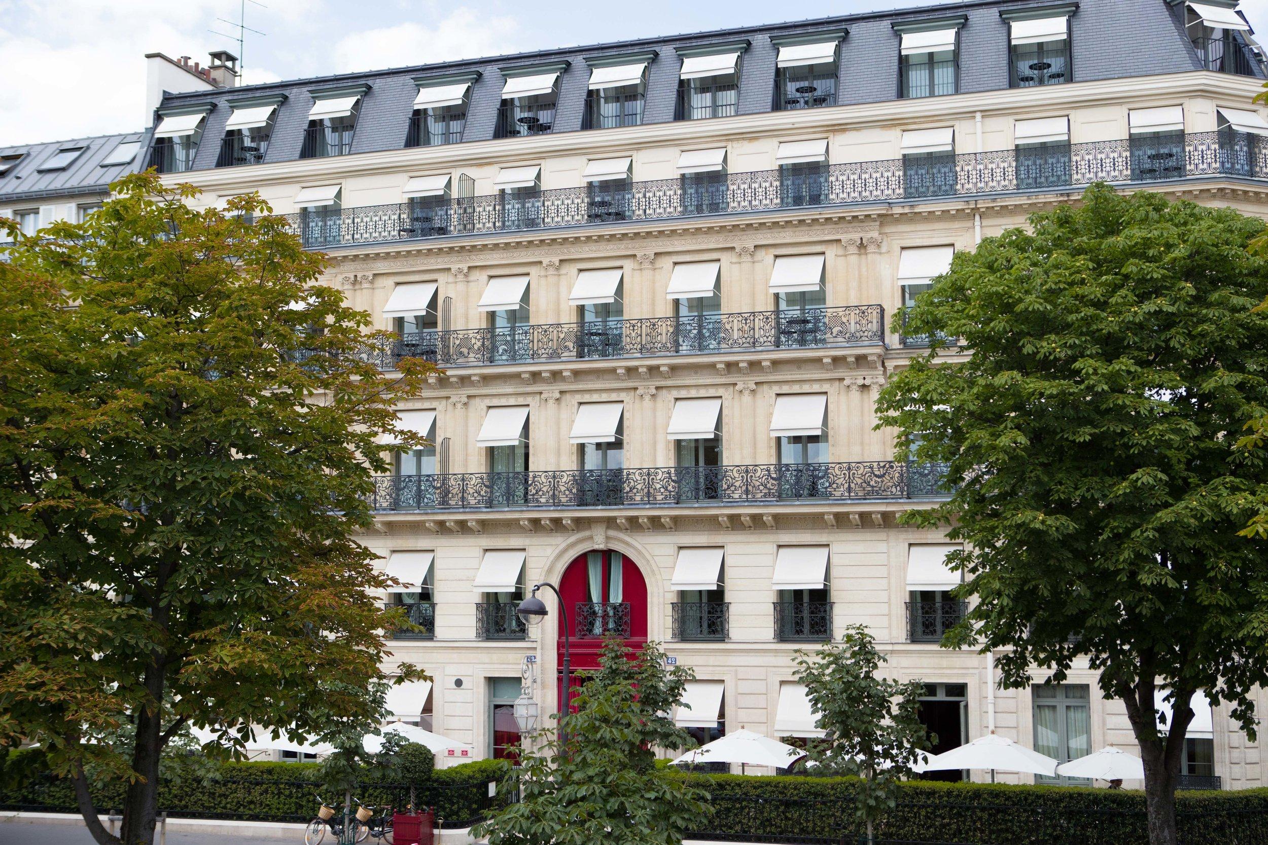 La Réserve Hotel & Spa - - Crédits photo G. Gardette - La Réserve Paris facade.jpg