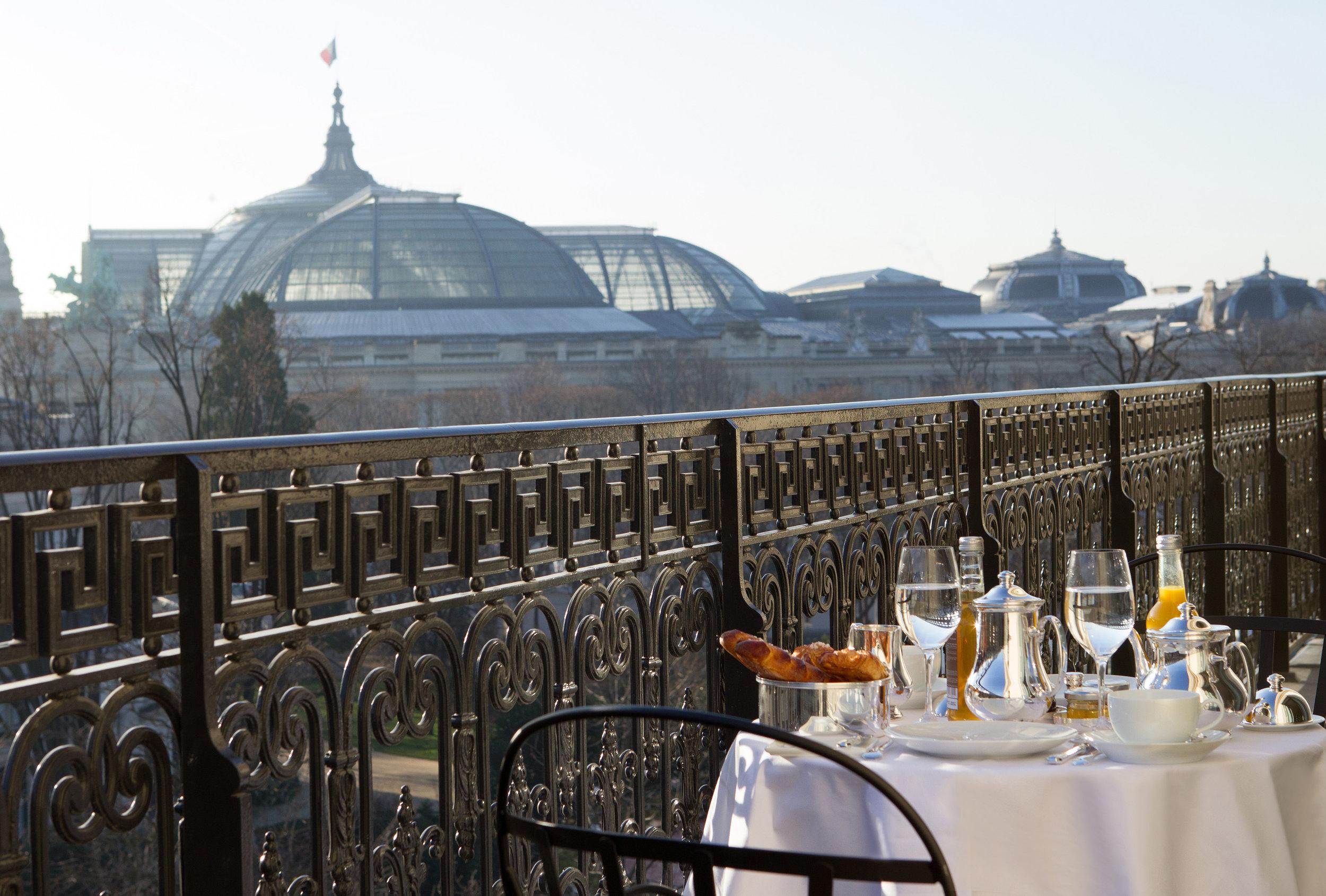 La Réserve Hotel & Spa - Grand Palais View- Crédits photo G. Gardette - La Réserve Paris.jpg