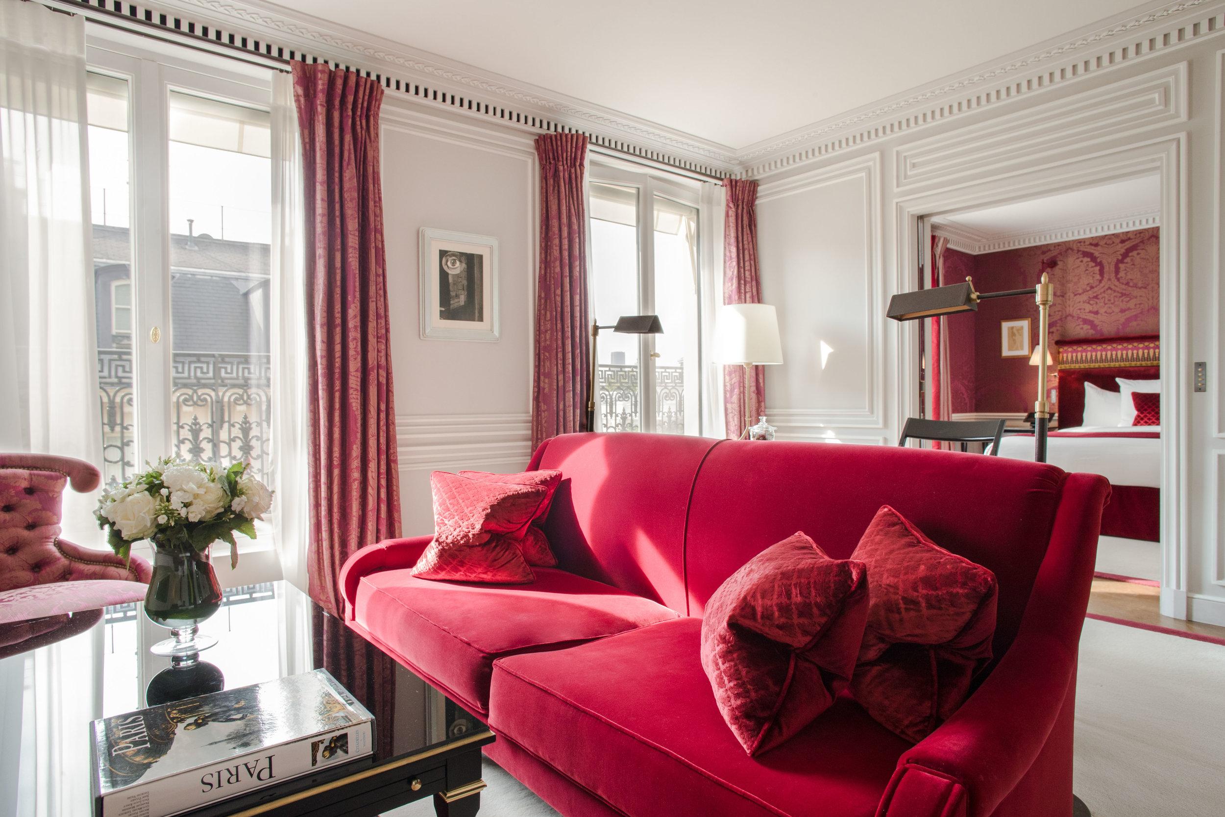 La Réserve Hotel & Spa - Prestige suite - Crédits photo G. Gardette - La Réserve Paris.jpg