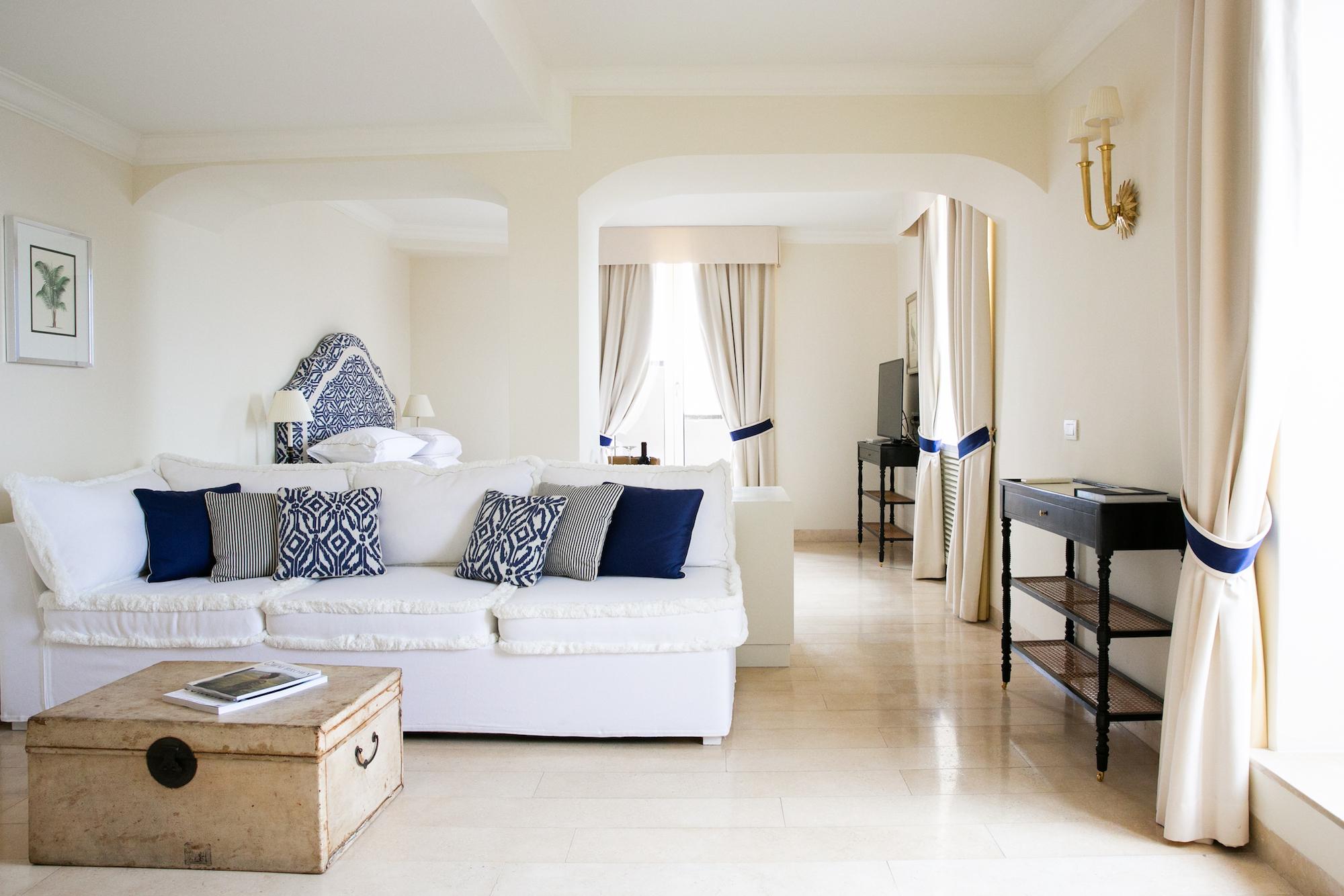 Bellevue Suite 1.jpg