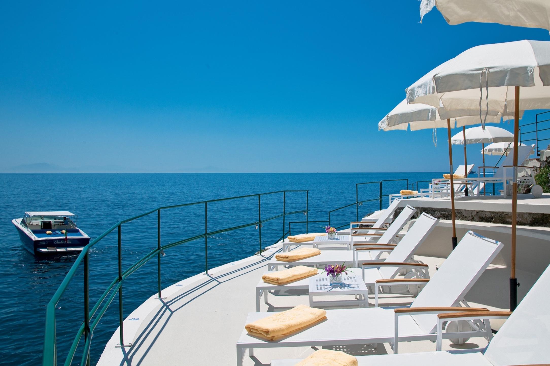 palazzo-avino-clubhouse-by-the-sea-beach-platform-2.jpg