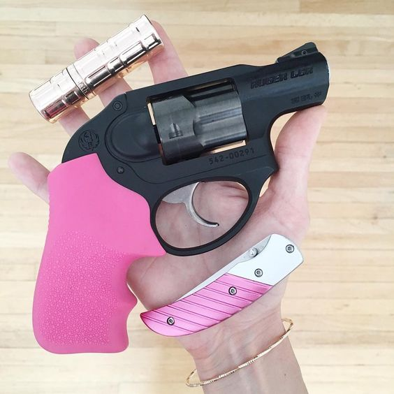 Gun in hand.jpg