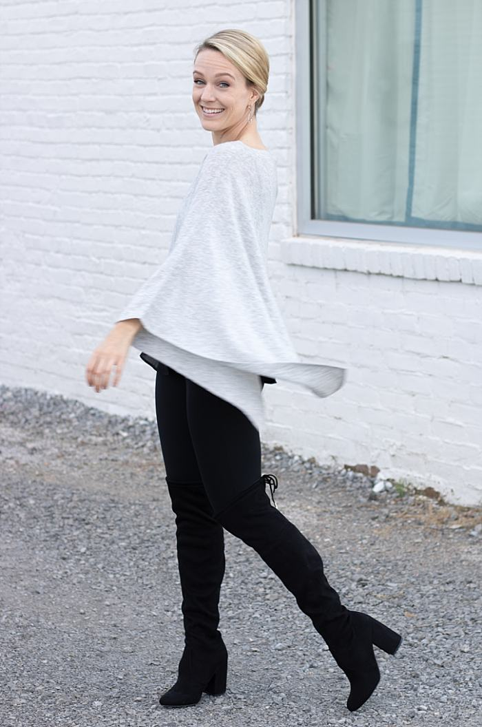 Chic-way-to-style-Alexo-Athletica-Carry-Crop-Leggings-with-Poncho_0052.jpg