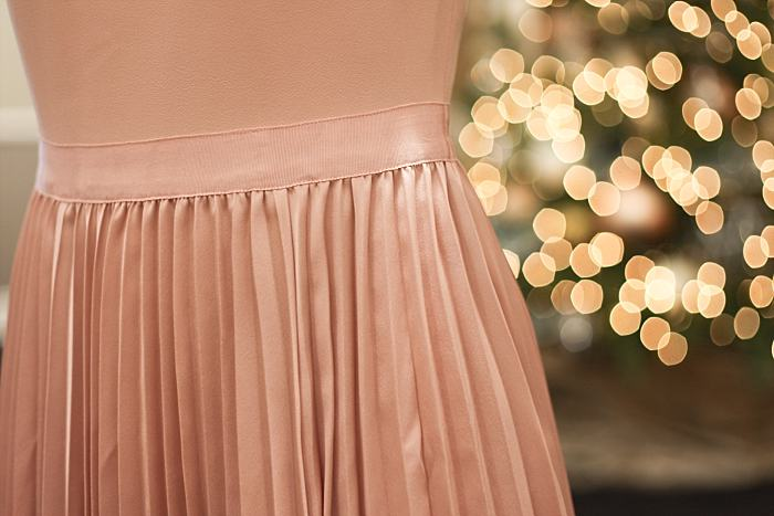 Christmas Concealed Carry Outfit . Party . Pink Pleated Dress . Faux Fur Boa_0162.jpg