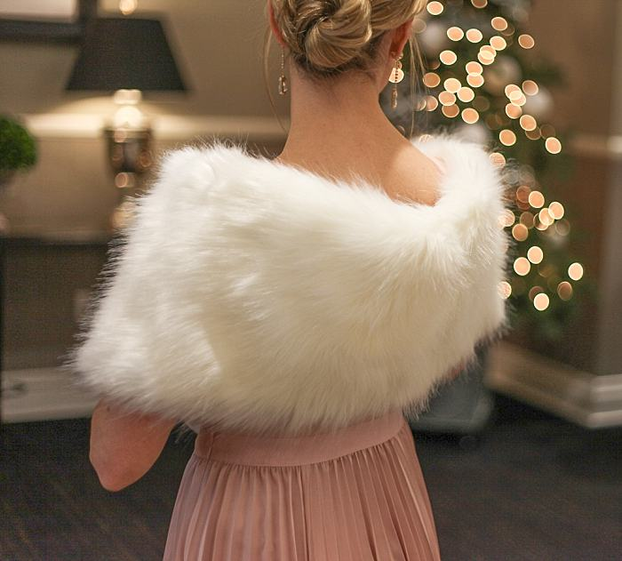 Christmas Concealed Carry Outfit . Party . Pink Pleated Dress . Faux Fur Boa_0163.jpg