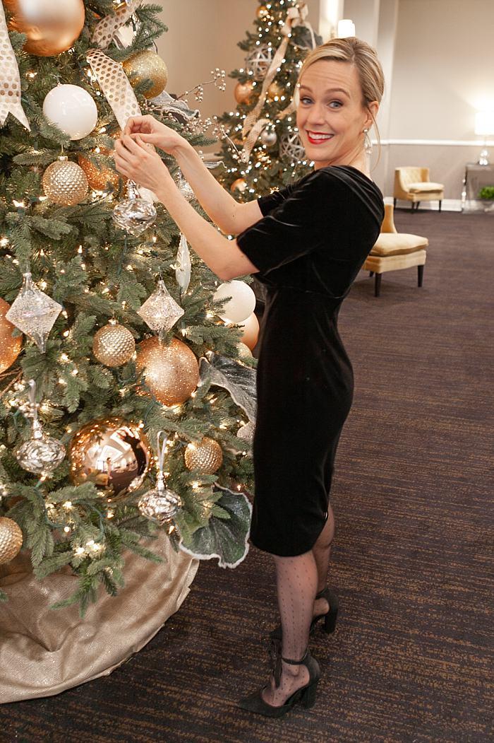 Holiday Outfit . Black Velvet Dress_0204.jpg