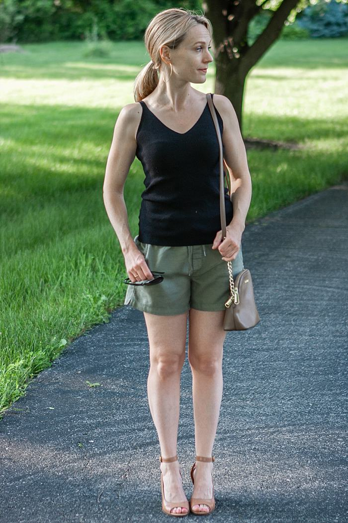 How to Style Drawstring Shorts For A Summer Night Out_0356.jpg
