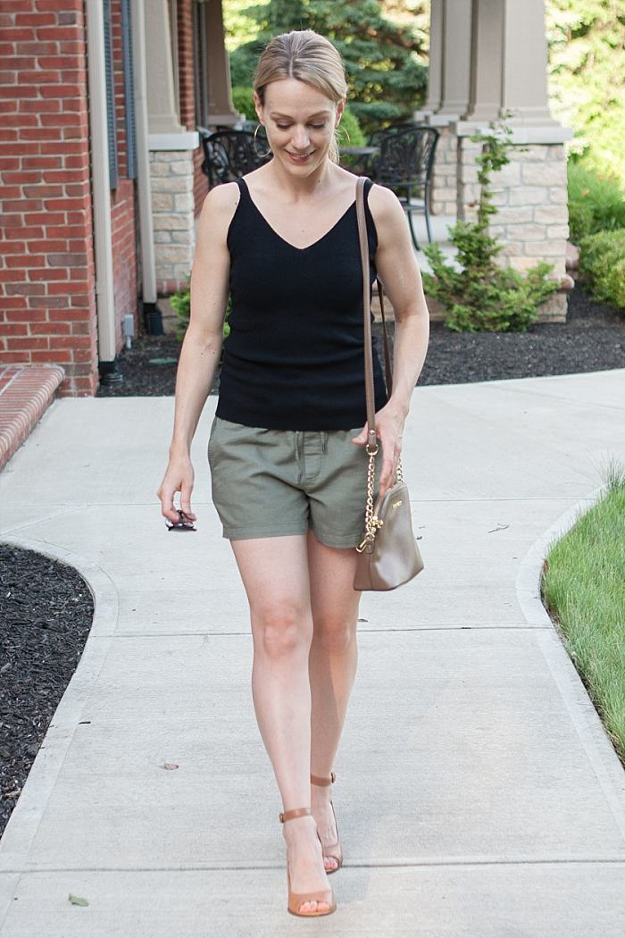 How to Style Drawstring Shorts for A Summer Night Out_0350.jpg