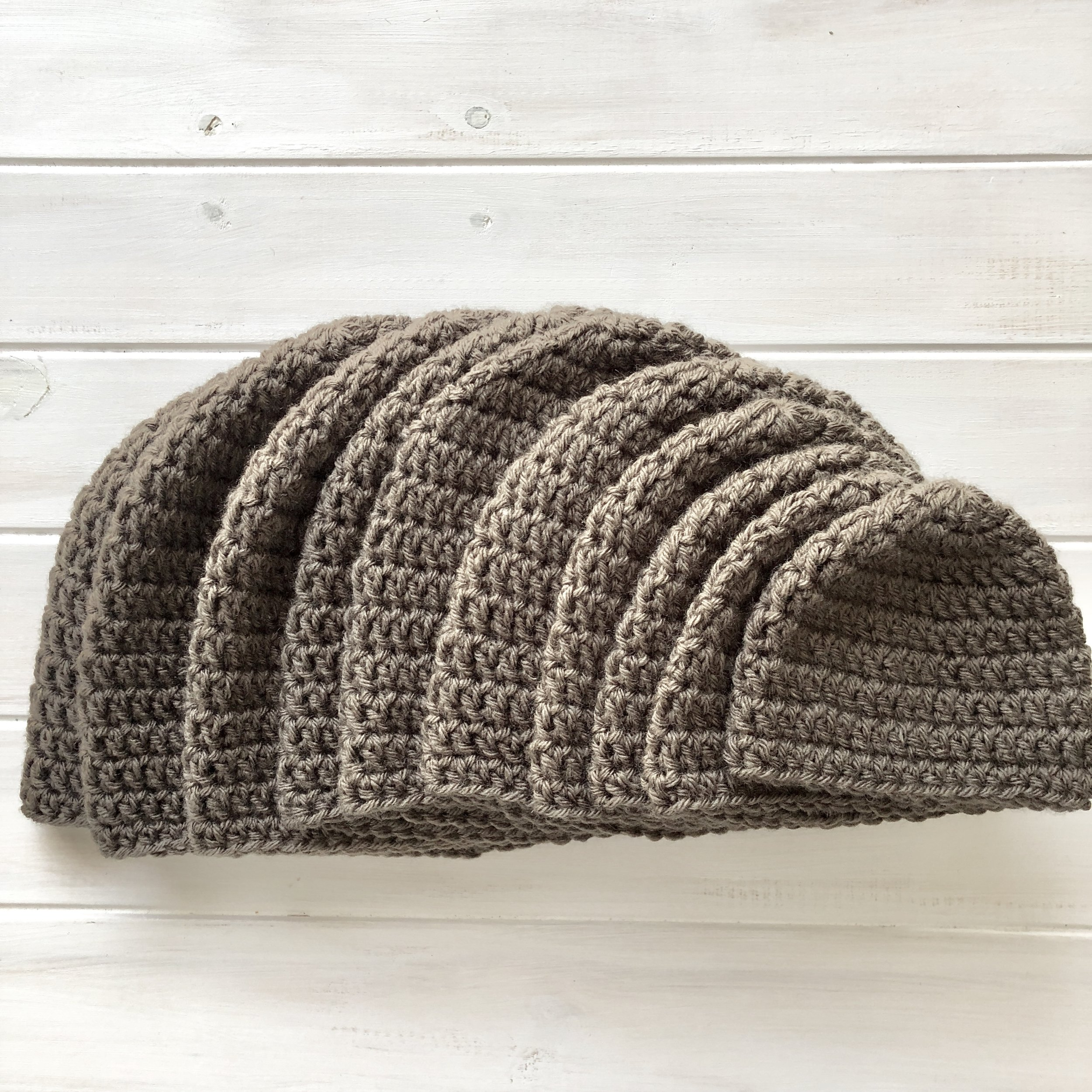 Lincoln Park Beanie - 10 Sizes - All Sizes - Crochet Pattern - The Roving Nomad