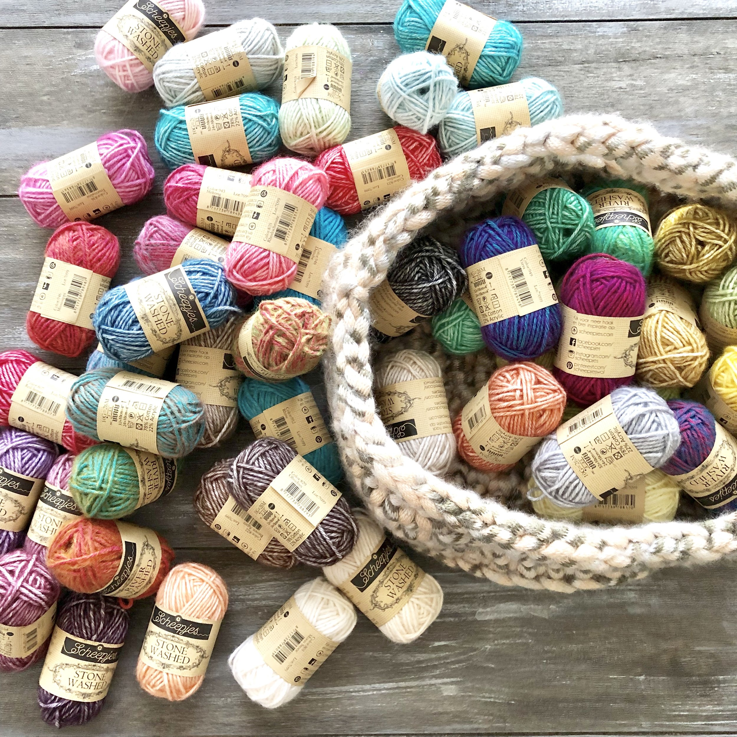 Color Companion Lost in Time by Mijo Crochet - Crochet Pattern - The Roving Nomad