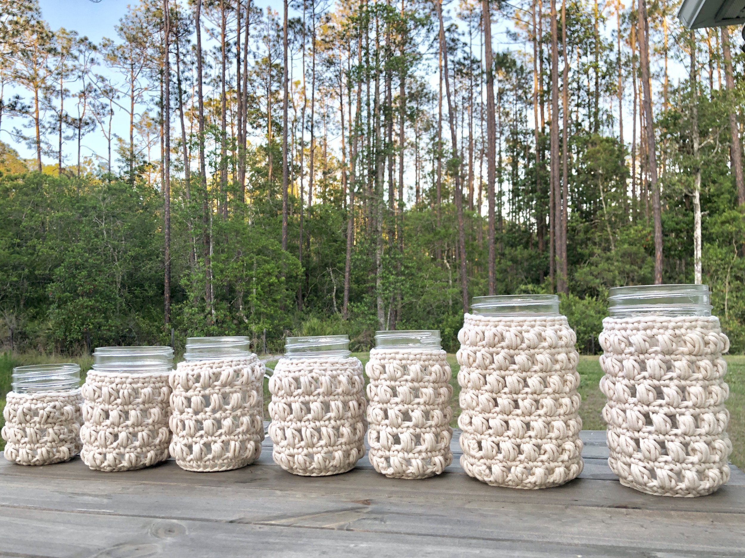 White Bluffs Mason Jar Cozy - Crochet Pattern - The Roving Nomad