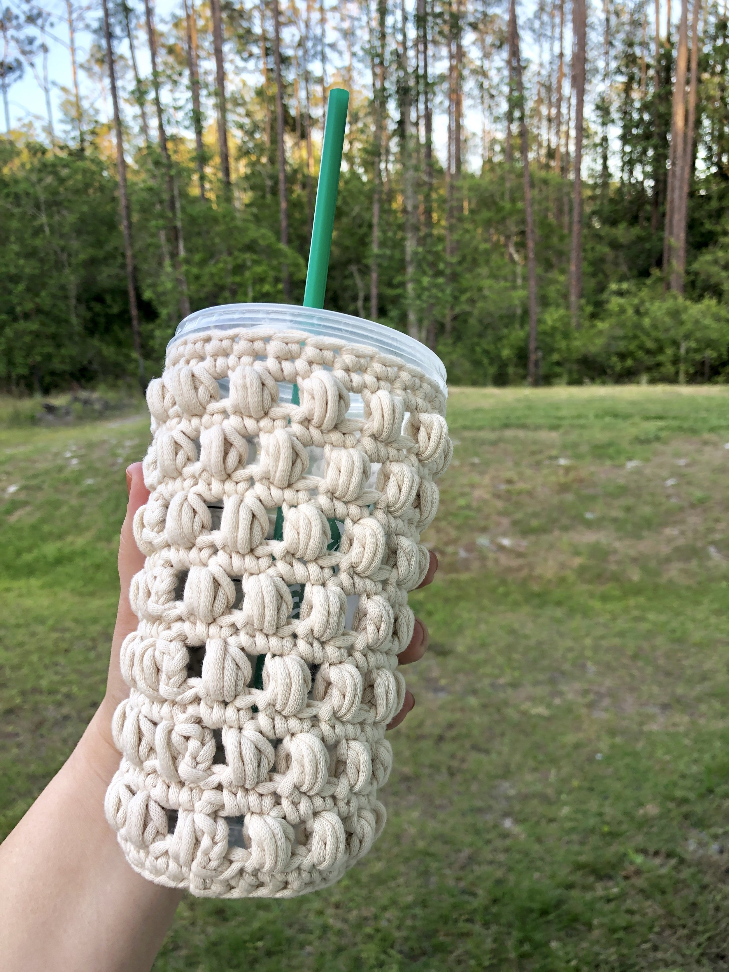 White Bluffs Cozy Starbucks Iced Coffee Cup - Crochet Pattern - The Roving Nomad