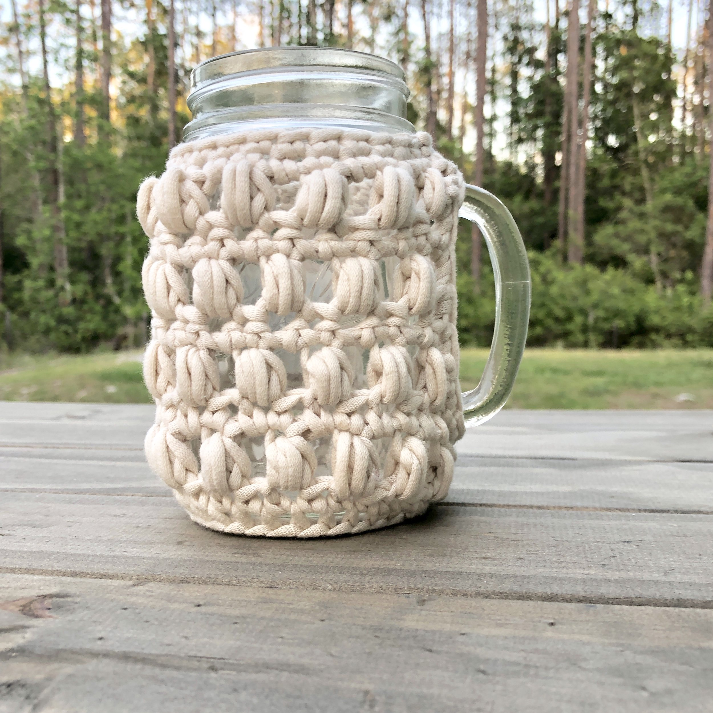 White Bluffs 16 Ounce Mason Jar Handled Regular MouthCozy - Crochet Pattern - The Roving Nomad