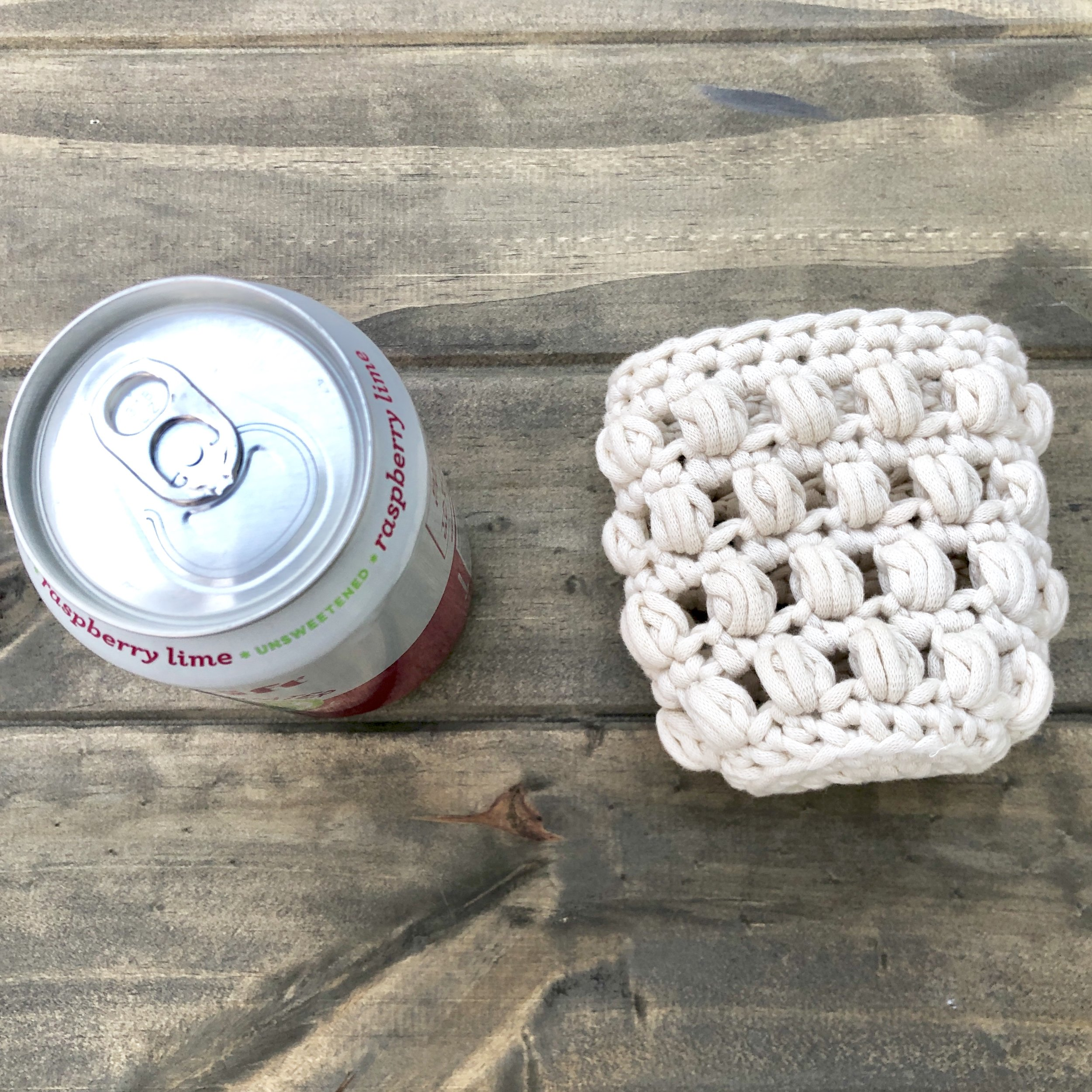 White Bluffs Aluminum Can Cozy - Crochet Pattern - The Roving Nomad
