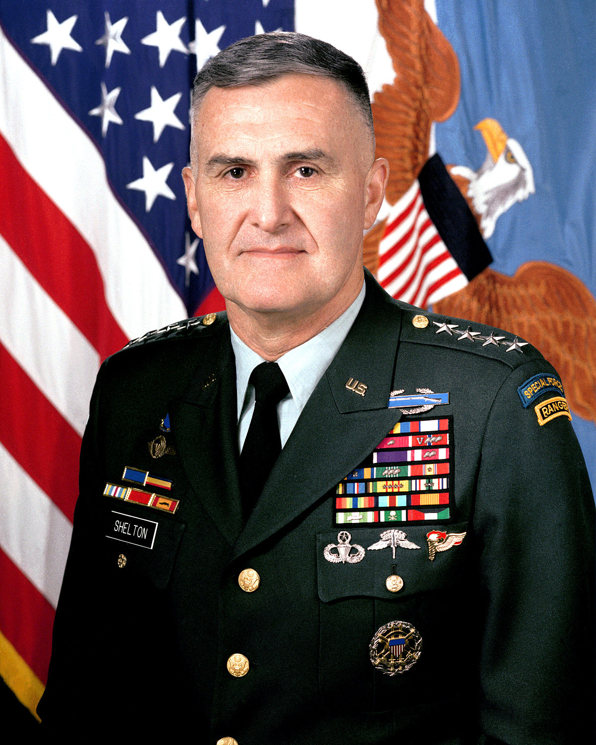 1200px-General_Henry_Shelton,_official_portrait_2.jpg