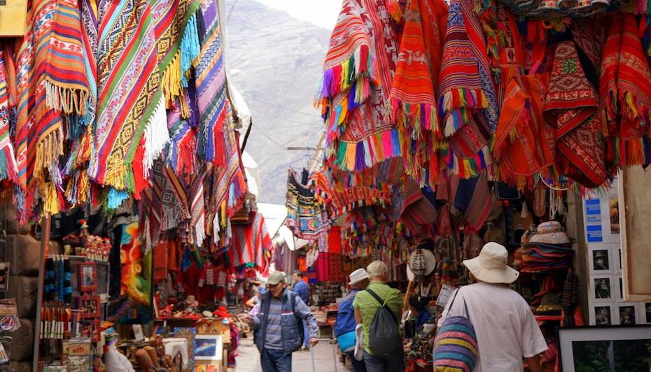 Peru-Pisac-Market.jpg