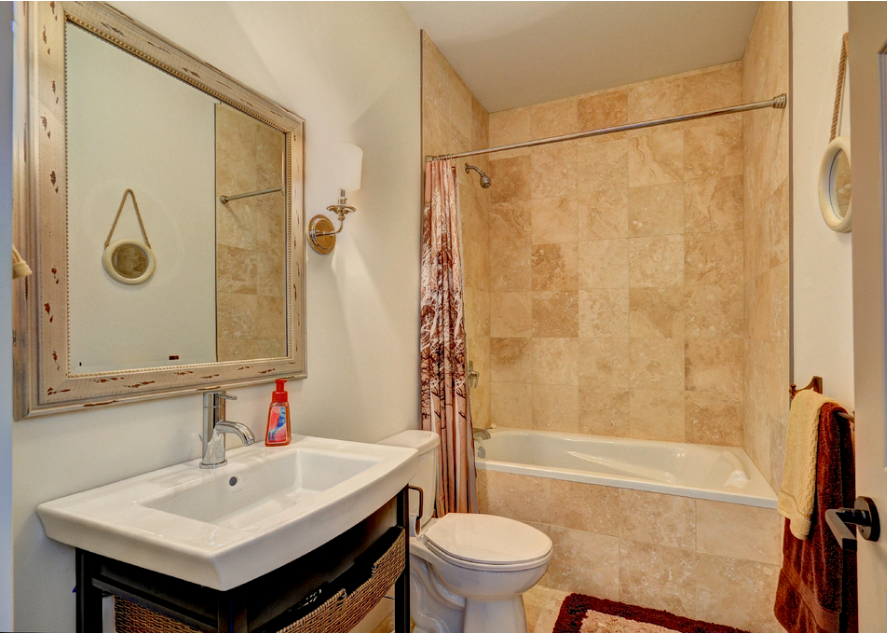bathrom 3.PNG