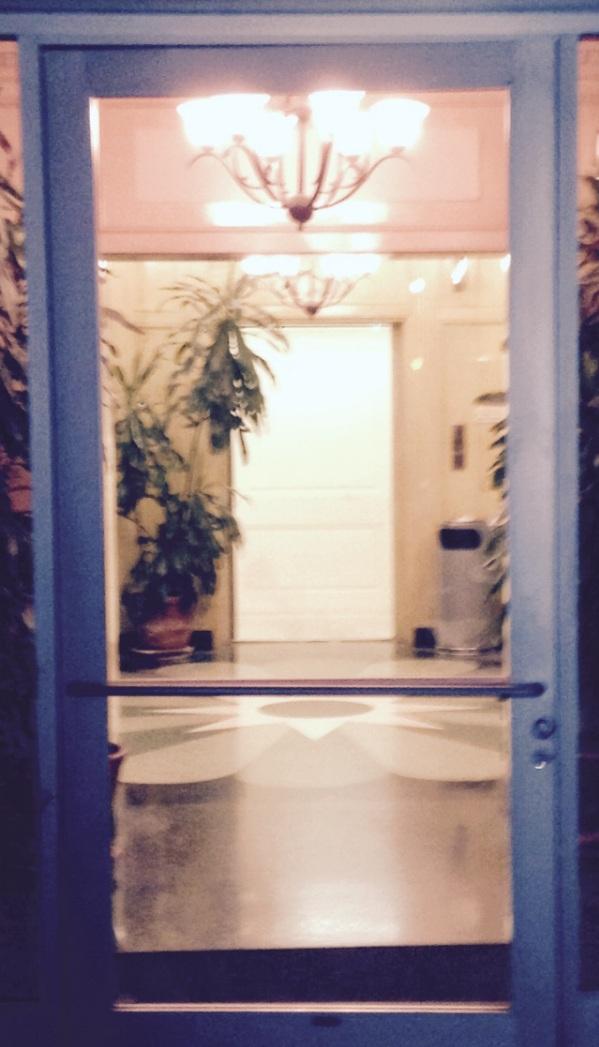 Wilshire Entrance