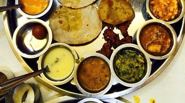 The_Gujarati_Thali.jpg