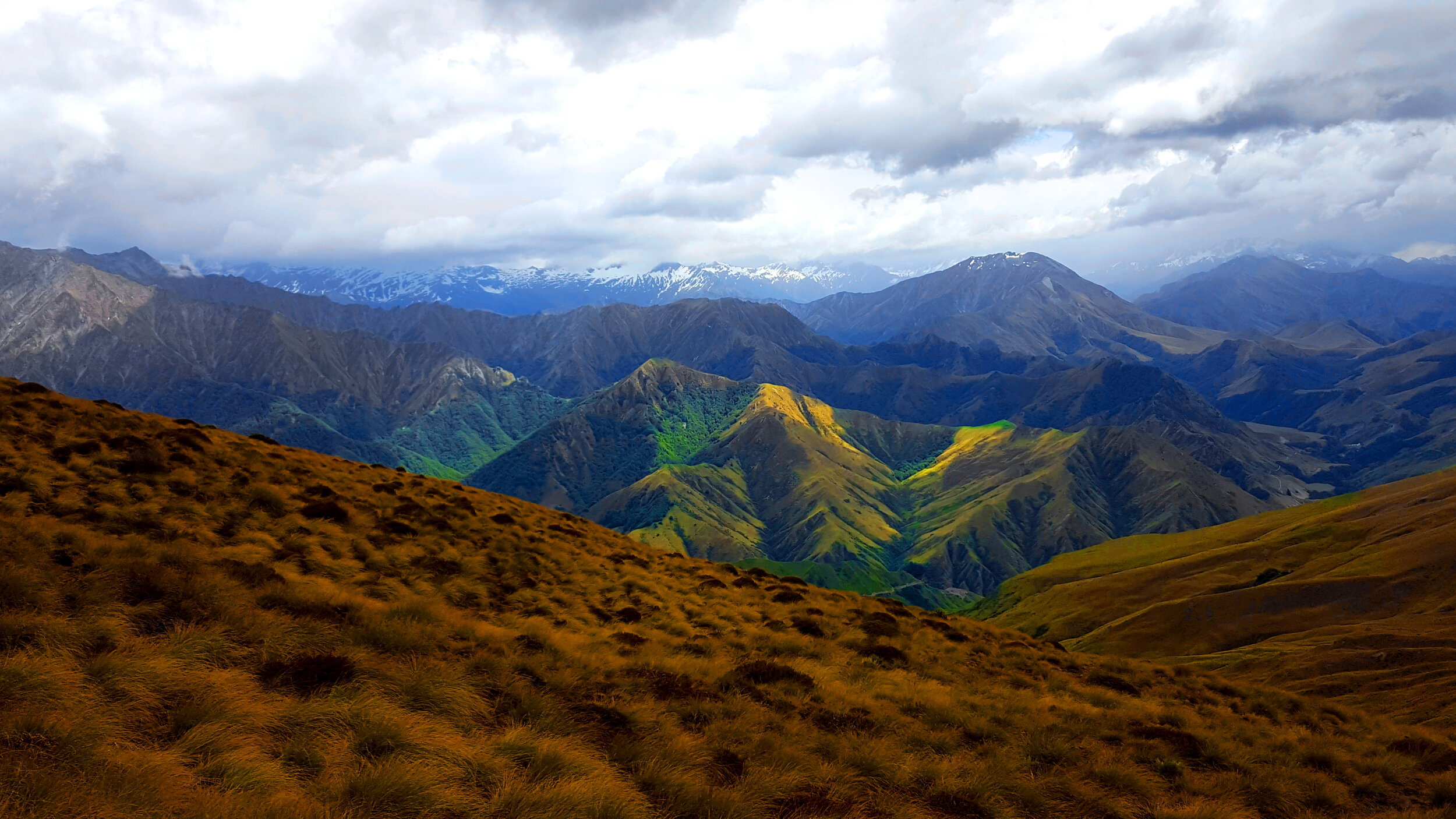 New Zealand_Moutain Country.jpg