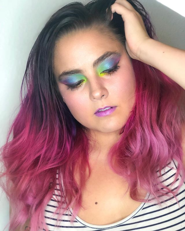 Favorite class with one of our favorite gals: @tsiawildflower! Makeup by @thevanitymakeup  #southwestinstituteofmakeupartistry #southwestschoolofmakeup #colortheory #colortheoryclass #colorfulmakeup
