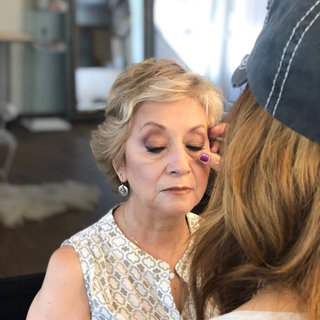 Mature makeup demo with @monica_la_feliz and @thevanitymakeup 😊😊😊 #southwestinstituteofmakeupartistry #southwestschoolofmakeup #albuquerque #newmexico