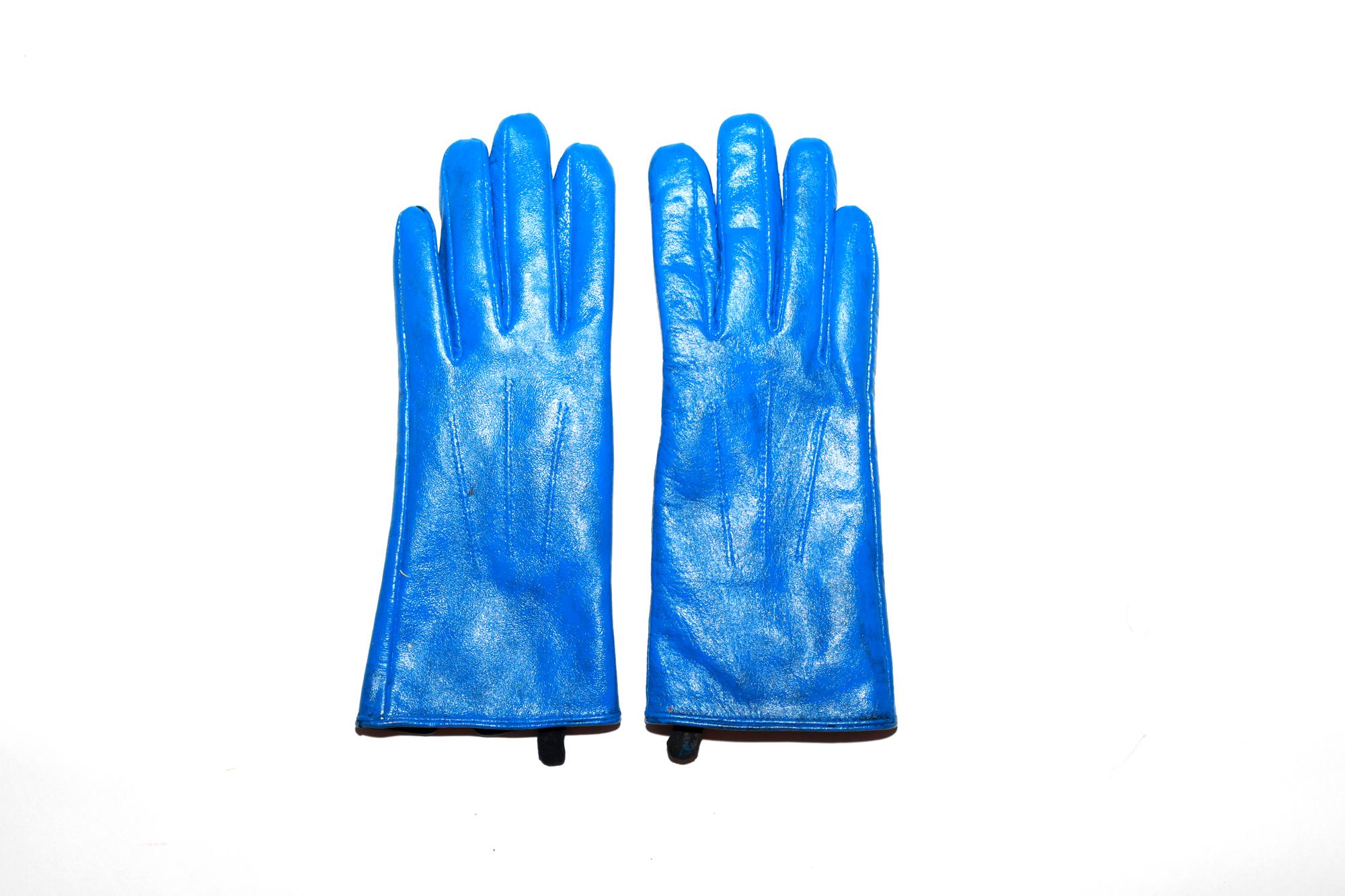 blue-gloves-1.jpg