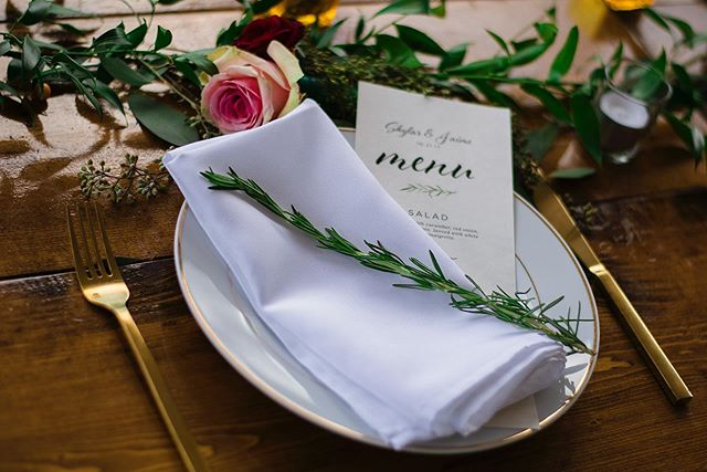 Table setting details. Happy #WeddingWednesday peeps! • • • • • #weddingdetails #weddingtabledecor #weddingtablesetting #greenweddingshoes #adventurebride #wedding #austinweddings #austintexas #austinwedding  #austinweddingphotographer #austinweddingphotography #512 #weddingphotoshoot #weddinggoals #couplesgoals #couplephotography #brideandgroom #brideoftheday #bridedress #bridesofinstagram #texaswedding #texashillcountry #bridegroom #marriagegoals #marriedcouple #marriedmybestfriend #austinphotographer