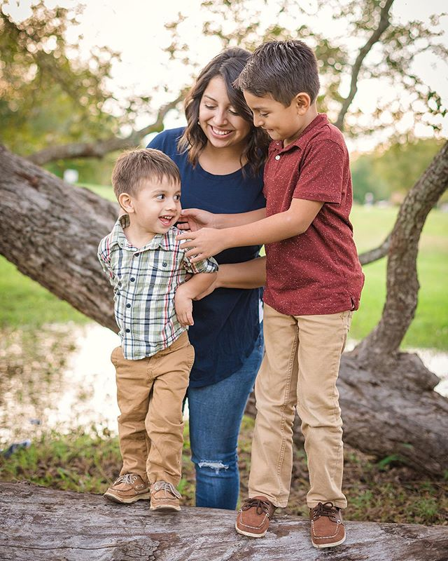 It's Mother's Day weekend! What are you guys doing for your mama bears tomorrow?! 👩👦👦💐 • • • • #mothersday #mamabear #mamas #mothers #motherhood #mommyandme #familyphotography #austinphotographer #austinfamilyphotographer #austintexas #georgetowntx #texasphotographer #familygoals #familypictures #familyphotoshoot #familyphotos #familyportraits #familyadventures #familysession #familymoments #texas #512 #centraltexas #texashillcountry